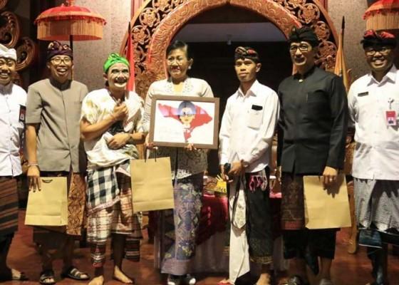 Nusabali.com - 171-judul-satua-bali-dikumpulkan-penyuluh-bahasa-bali