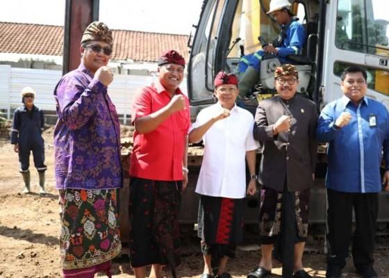 Nusabali.com - gubernur-koster-inginkan-pasar-seni-sukawati-jadi-kekuatan-ekonomi
