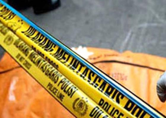 Nusabali.com - tiga-polisi-tewas-tersambar-petir
