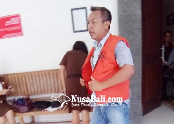 Nusabali.com - usai-dilantik-divonis-15-bulan-penjara