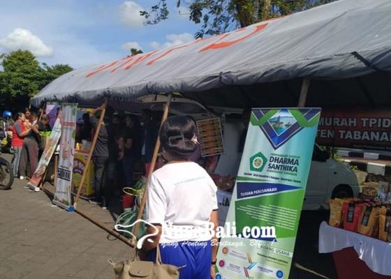 Nusabali.com - tekan-lonjakan-harga-pasar-murah-diserbu-warga