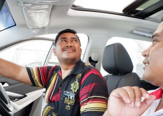 Nusabali.com - ketika-mobil-diperintah-oleh-suara