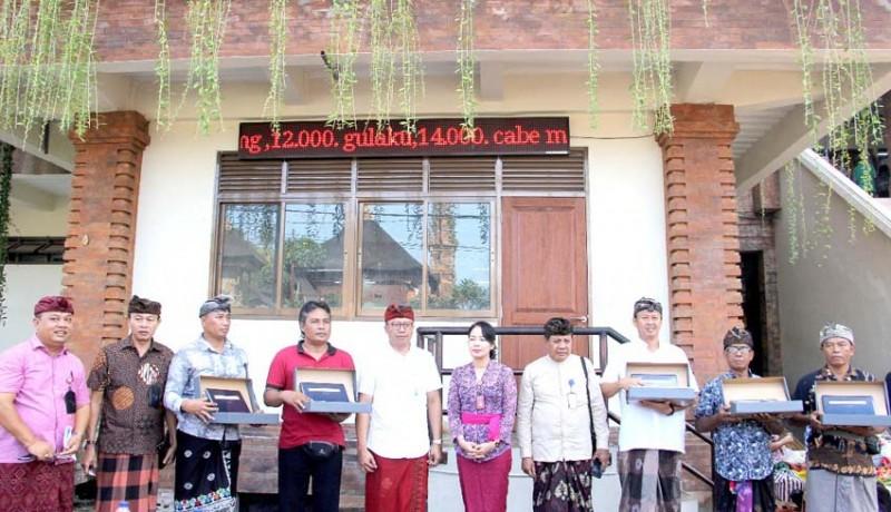 www.nusabali.com-tpid-badung-pasang-led-running-text-di-lima-pasar
