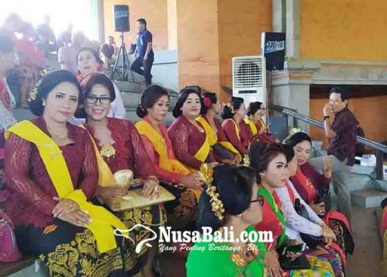 Nusabali.com - seragam-pkk-kubutambahan-ide-mendiang-perbekel-bontihing
