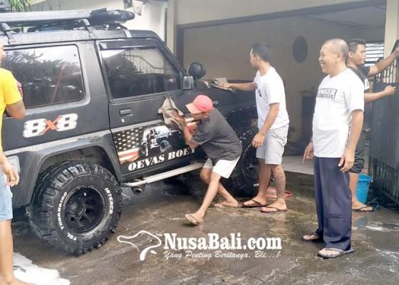 Nusabali.com - warga-serbu-jasa-cuci-motor-narapidana
