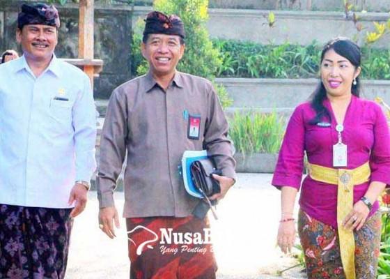 Nusabali.com - pengawas-provinsi-nilai-kinerja-kasek-sman-bebandem