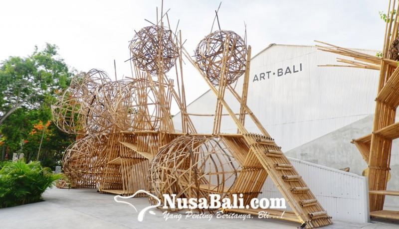 www.nusabali.com-memahami-penciptaan-kehidupan-lewat-alphabet-moles