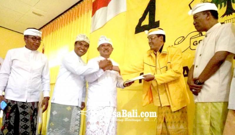 www.nusabali.com-sekda-bangli-resmi-daftar-cabup-di-golkar