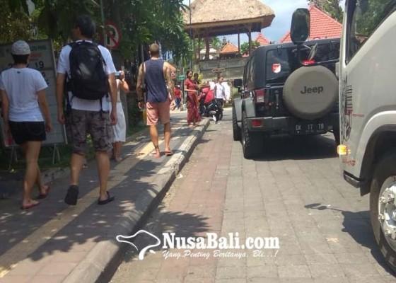 Nusabali.com - jalan-dipersempit-trotoar-diperlebar