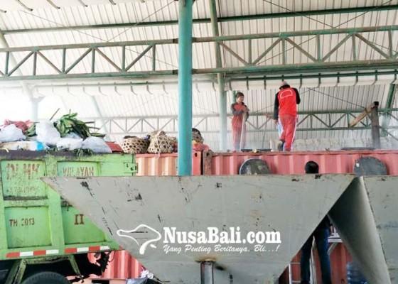 Nusabali.com - tps-sementara-di-terminal-mengwi-mulai-diujicoba
