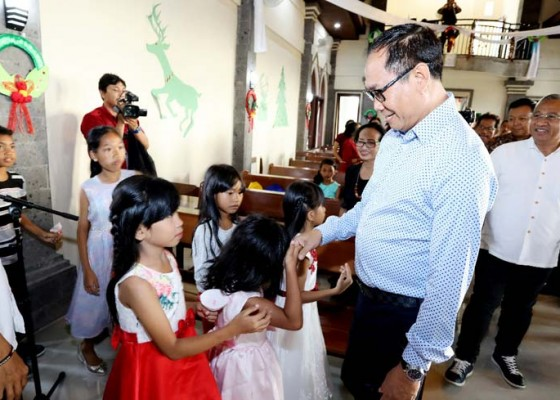 Nusabali.com - bantu-amankan-perayaan-natal-satpol-pp-tingkatkan-patroli