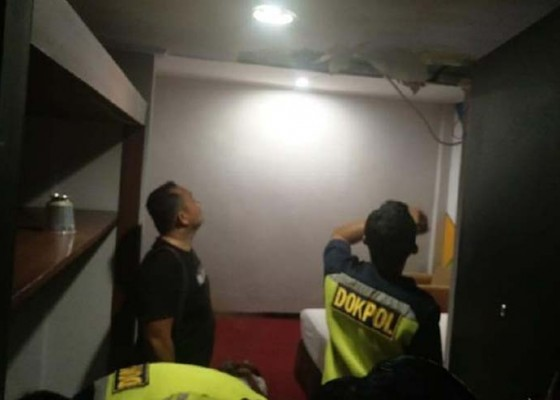 Nusabali.com - tukang-servis-ac-tewas-di-plafon-hotel