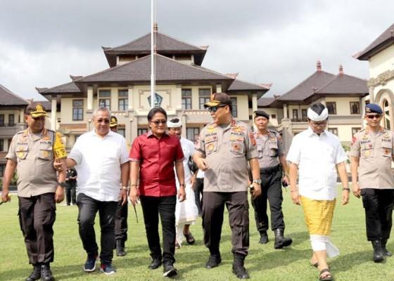Nusabali.com - kapolda-bali-pantau-keamanan-nataru