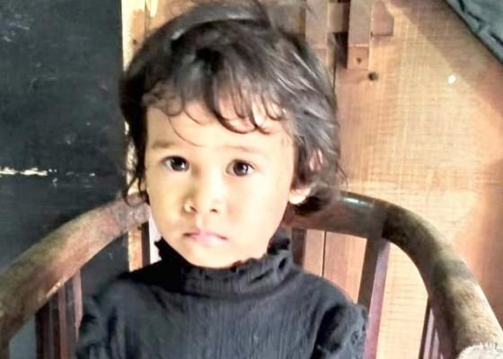 Nusabali.com - balita-malang-ditemukan-menangis-di-jalan