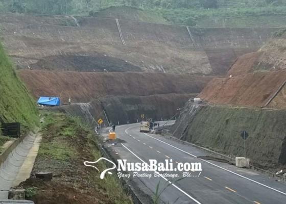 Nusabali.com - shorcut-titik-5-6-miliki-ketinggian-tebing-43-meter