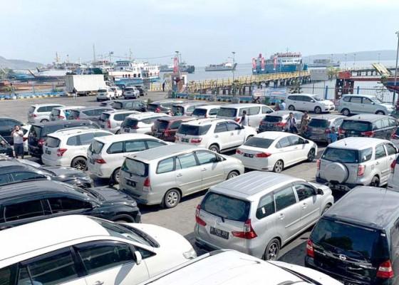 Nusabali.com - h-2-tahun-baru-48-ribu-penumpang-masuk-bali
