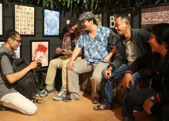 Nusabali.com - kreator-unjuk-karya-di-beranda-vintage
