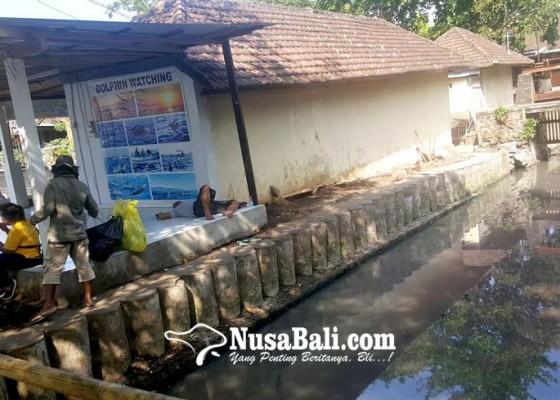 Nusabali.com - limbah-hotel-dan-restoran-di-lovina-menggenang