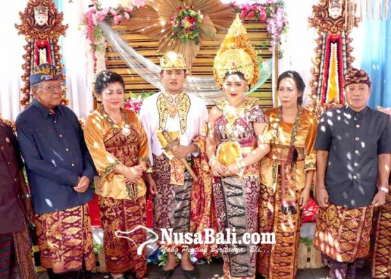 Nusabali.com - bupati-mas-sumatri-punya-mantu