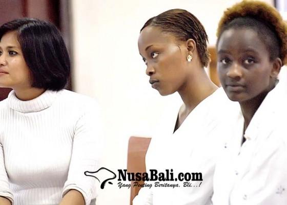 Nusabali.com - dua-wanita-kenya-diganjar-7-bulan-penjara