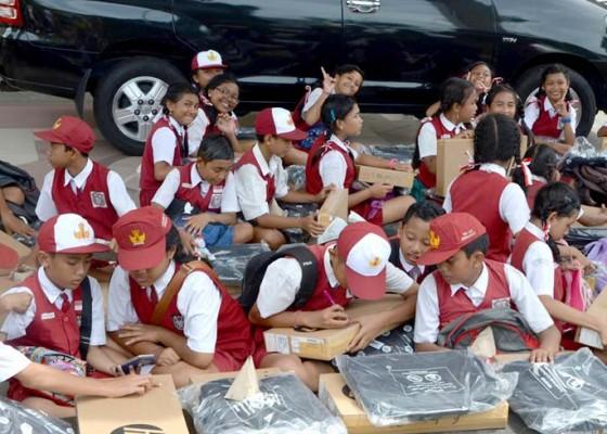 Nusabali.com - garansi-habis-badung-siapkan-anggaran-rp-2-miliar-untuk-pemeliharaan-laptop
