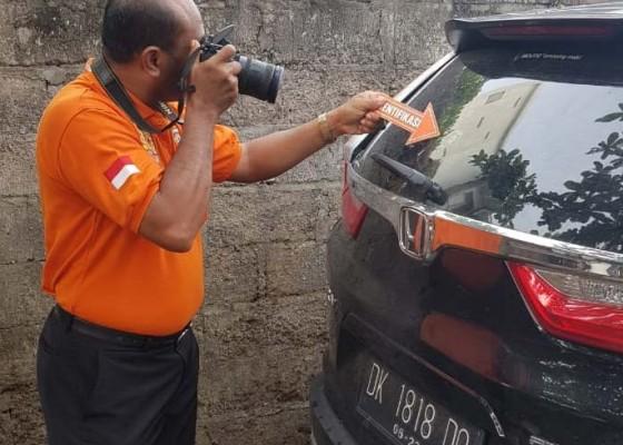 Nusabali.com - mobil-pengacara-ditembak-otk