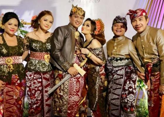 Nusabali.com - tut-asmara-ingin-dibikinin-empat-cucu