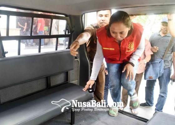 Nusabali.com - berkas-bendahara-p-21-tersangka-lain-menyusul