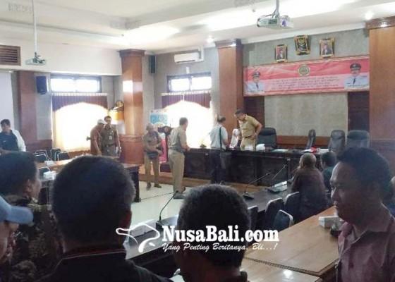 Nusabali.com - 18-calon-incumben-pertaruhkan-pengabdian