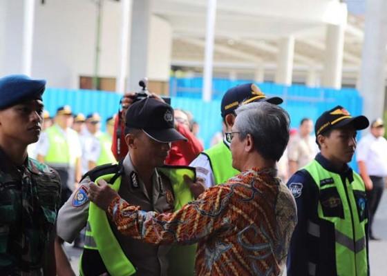 Nusabali.com - tercatat-14-juta-wisatawan