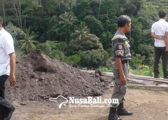 Nusabali.com - sikapi-pelanggaran-satpol-pp-gabeng