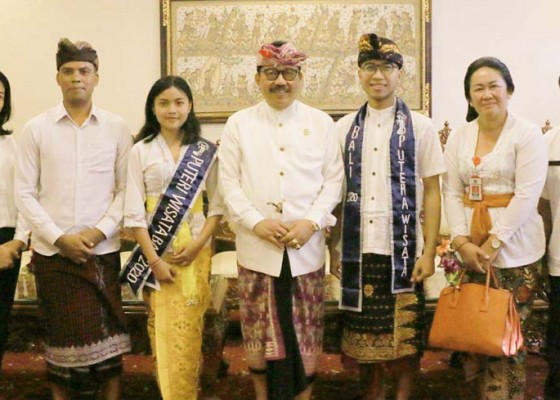 Nusabali.com - wagub-cok-ace-semangati-duta-bali-di-ajang-pemilihan-putra-putri-wisata
