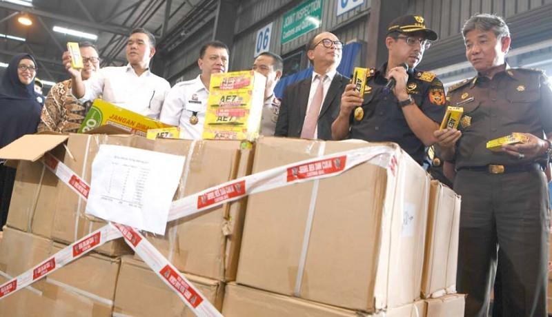 www.nusabali.com-bc-sita-satu-kontainer-pulpen-tiruan-dari-china