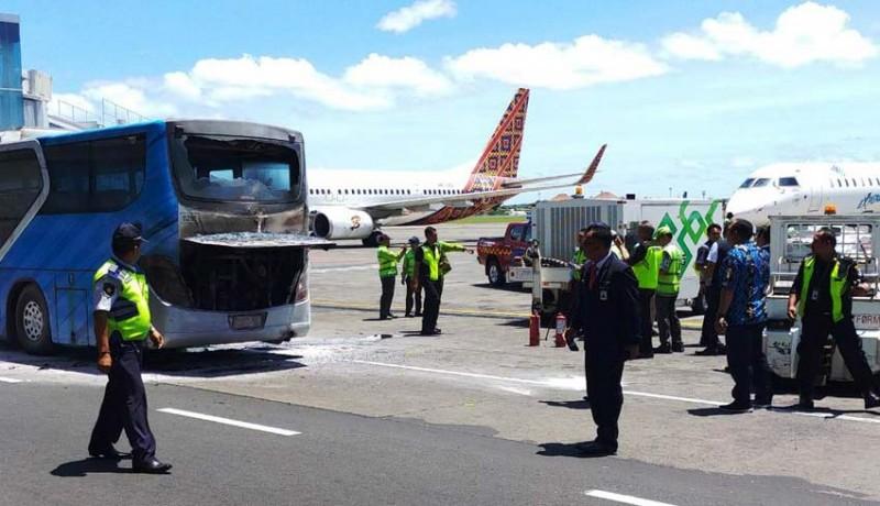 www.nusabali.com-sudah-4-kali-bus-tebakar-di-bandara