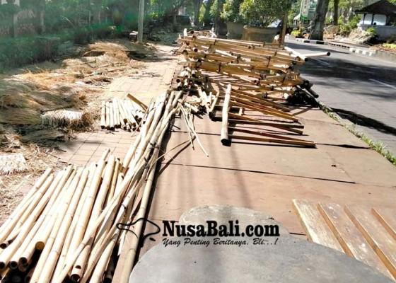 Nusabali.com - 10-hari-berlalu-stand-denfest-baru-dibersihkan