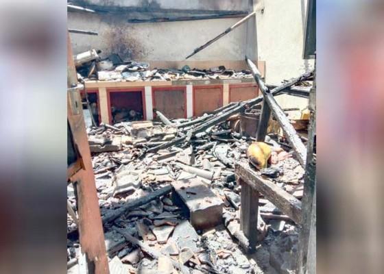 Nusabali.com - lupa-matikan-kompor-dapur-terbakar
