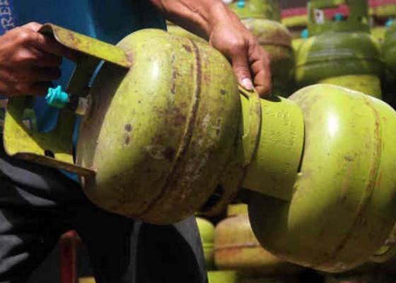 Nusabali.com - konsumsi-elpiji-jatim-bali-meningkat-5-persen