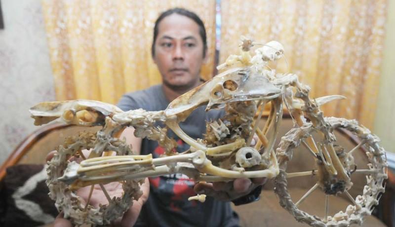 www.nusabali.com-kerajinan-limbah-tulang-ayam