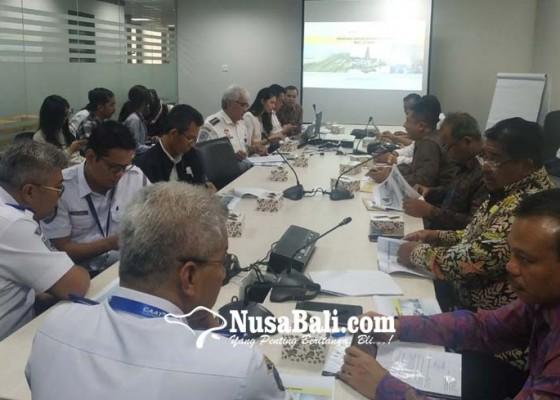 Nusabali.com - penlok-bandara-bali-utara-dibahas-kembali