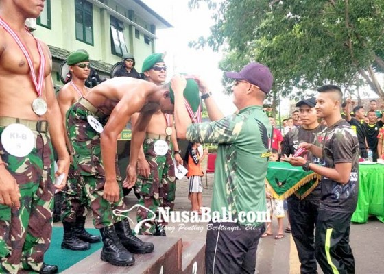 Nusabali.com - belasan-personel-yonif-mekanis-gn-beradu-kegagahan-otot