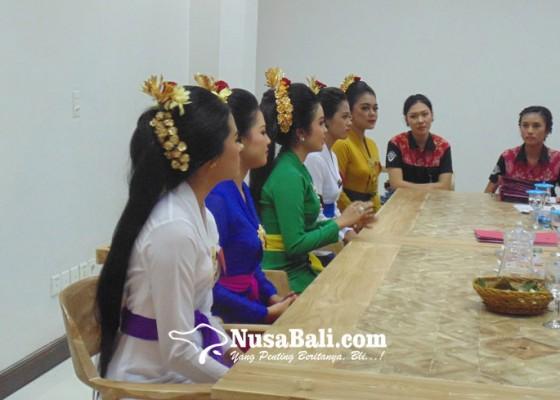 Nusabali.com - seleksi-teruna-teruni-denpasar-2020-diikuti-112-peserta