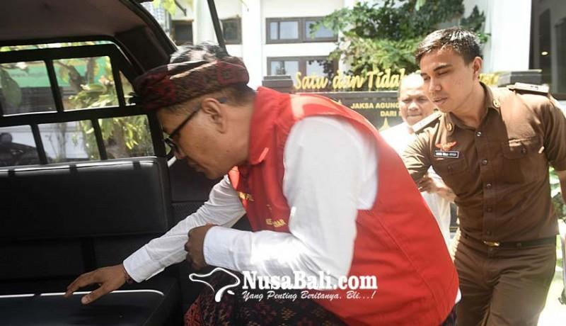 www.nusabali.com-perbekel-pemecutan-kaja-ditahan