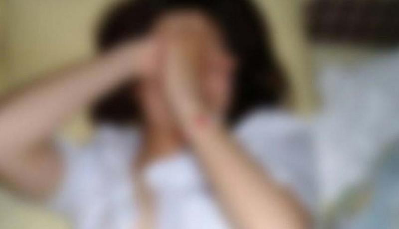 www.nusabali.com-istri-dibacok-selingkuhan-serahkan-diri-ke-polres
