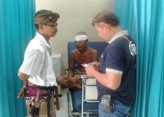 Nusabali.com - gara-gara-rongsokan-paman-dan-keponakan-berkelahi