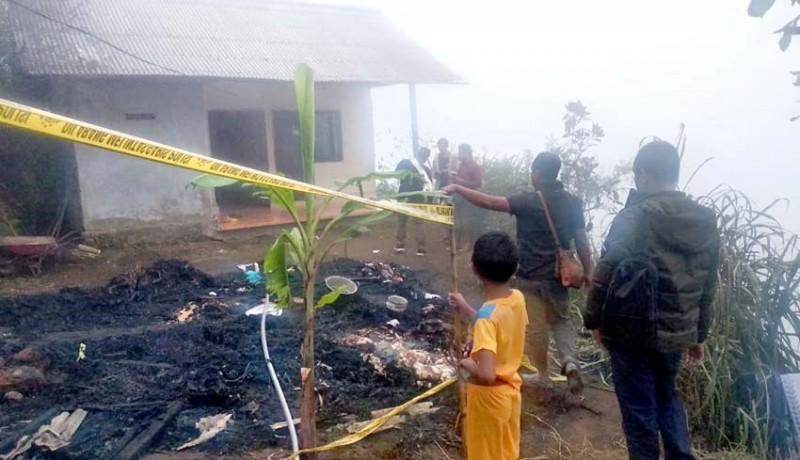 www.nusabali.com-kebakaran-rumah-rata-dengan-tanah