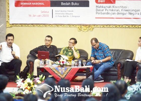 Nusabali.com - balik-kampus-dewa-palguna-disambut-bedah-buku