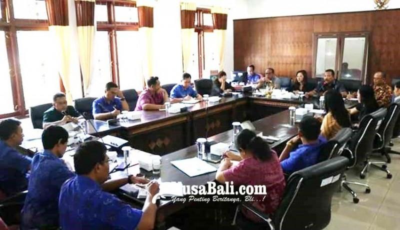 www.nusabali.com-lebih-17000-kis-pbi-warga-buleleng-gagal-akses