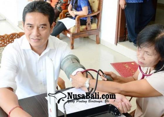 Nusabali.com - anggota-dprd-buleleng-sumbang-darah-tiap-empat-bulan