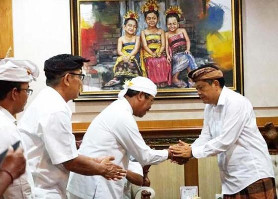 Nusabali.com - pemkot-apresiasi-tari-sakral-sang-hyang-jaran-banjar-bun