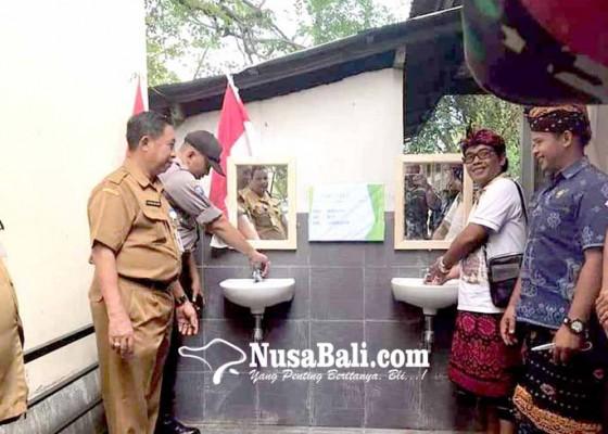 Nusabali.com - satker-serahkan-pamsimas-di-tiga-desa